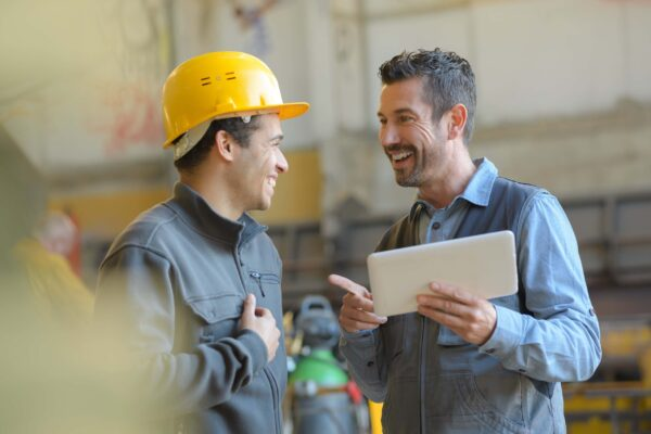 manage and worker conversing